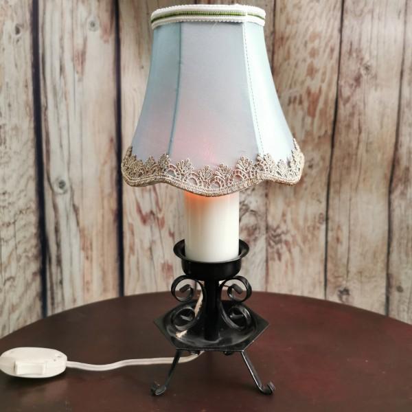 Малка настолна лампа ковано желязо