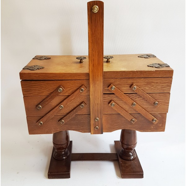 Дървено сандъче за инструменти