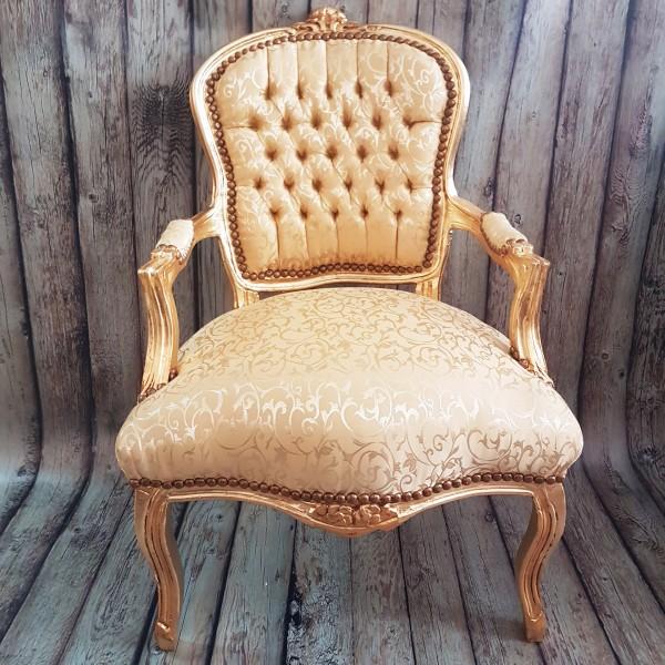 Златно бароково кресло