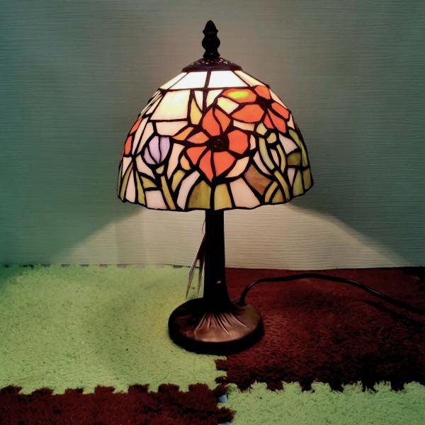 """Настолна лампа """"Orange lily"""""""