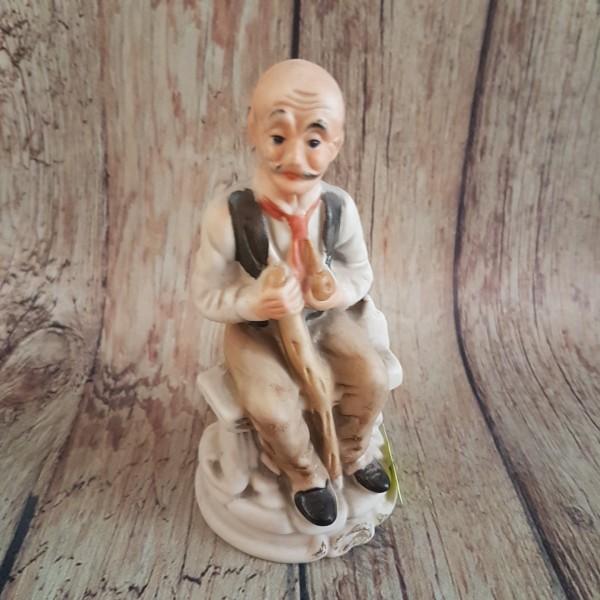Керамична пластика - старец с тояга
