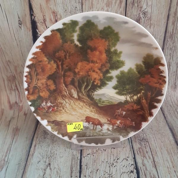 Декоративна чиния за стена - крави