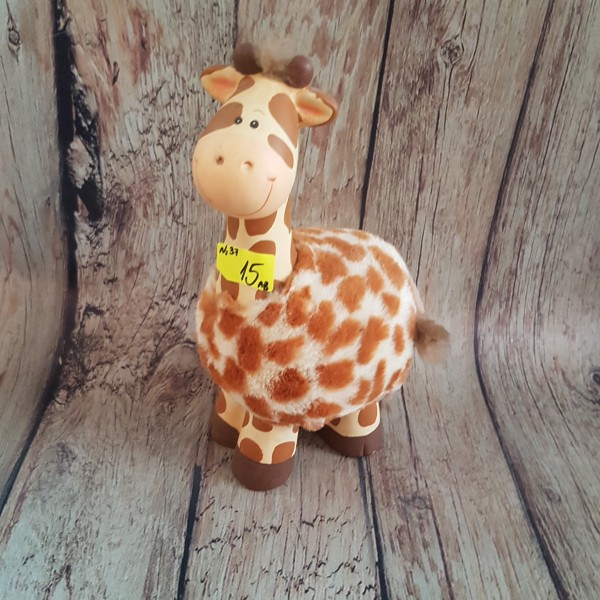 Керамичан жираф