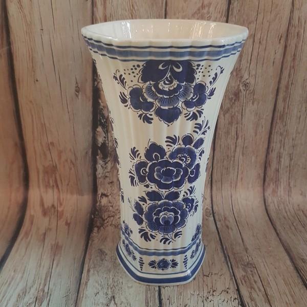 Холандска ваза
