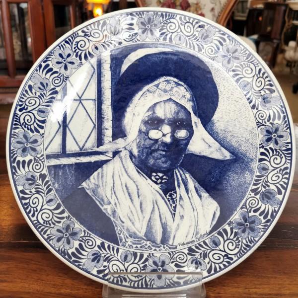 Холандска керамична чиния за стена