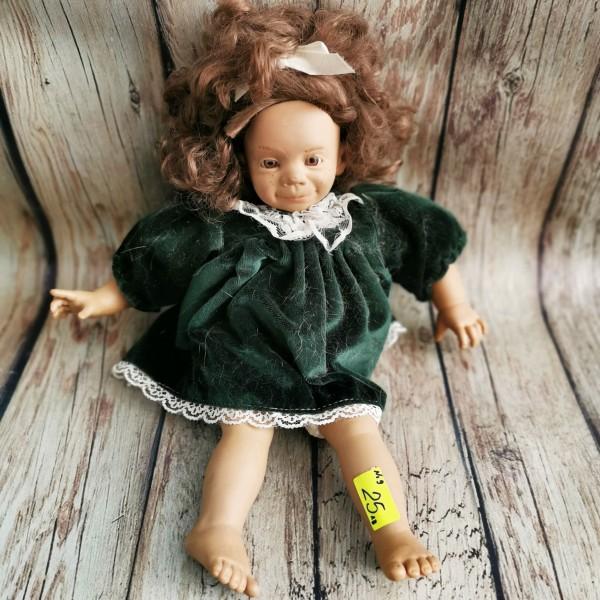 Испанска кукла за игра