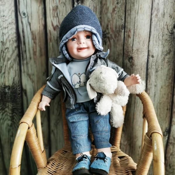 Голяма порцеланова кукла - момченце