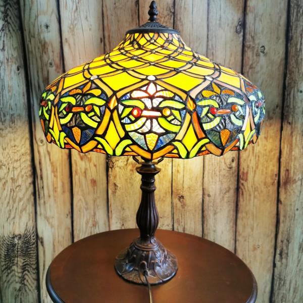 Настолна лампа, стил Тифани